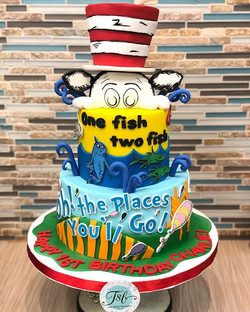 #drsuess themed #firstbirthday cake for