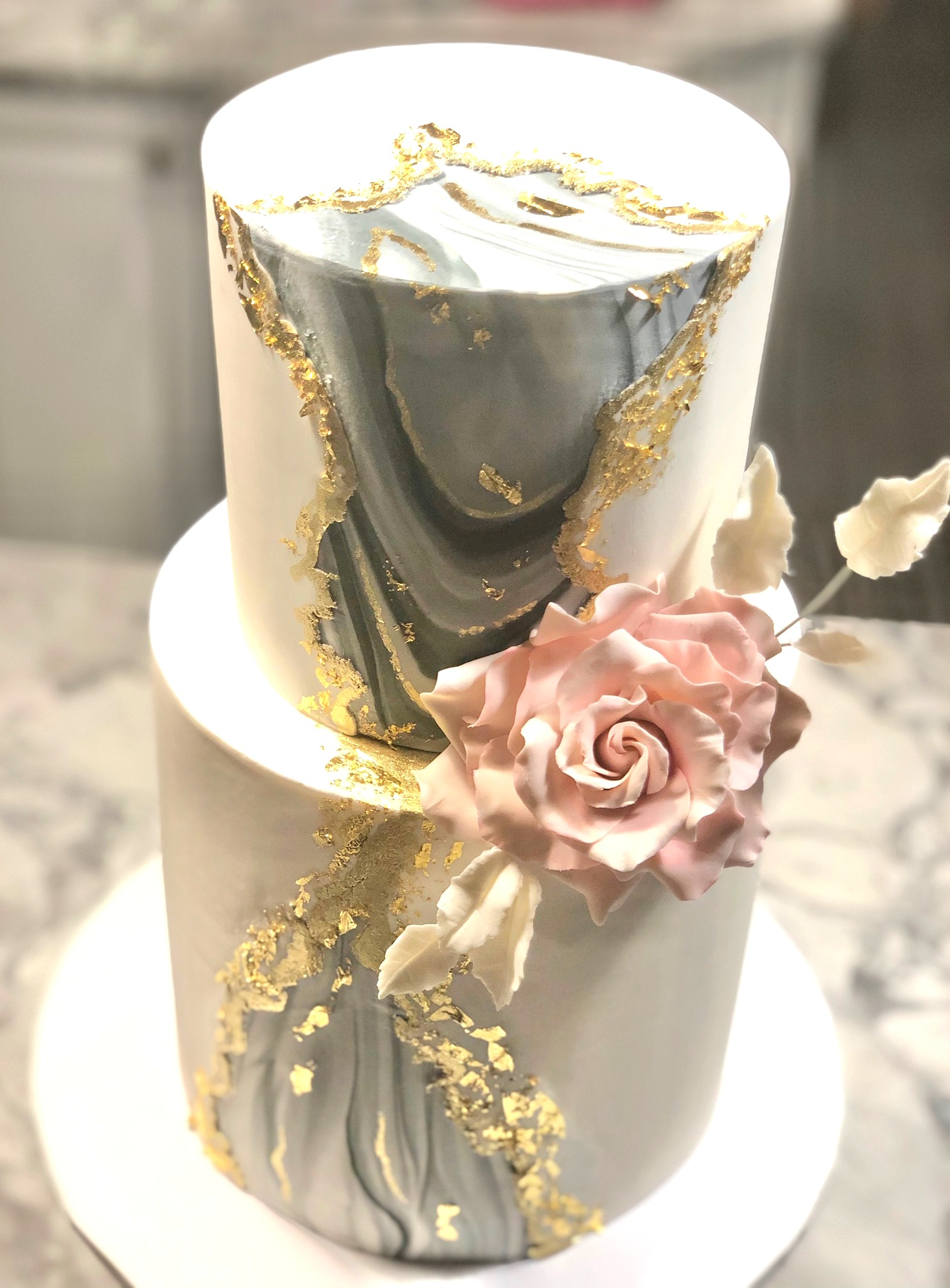 Marble Design With Gold Wedding Cake