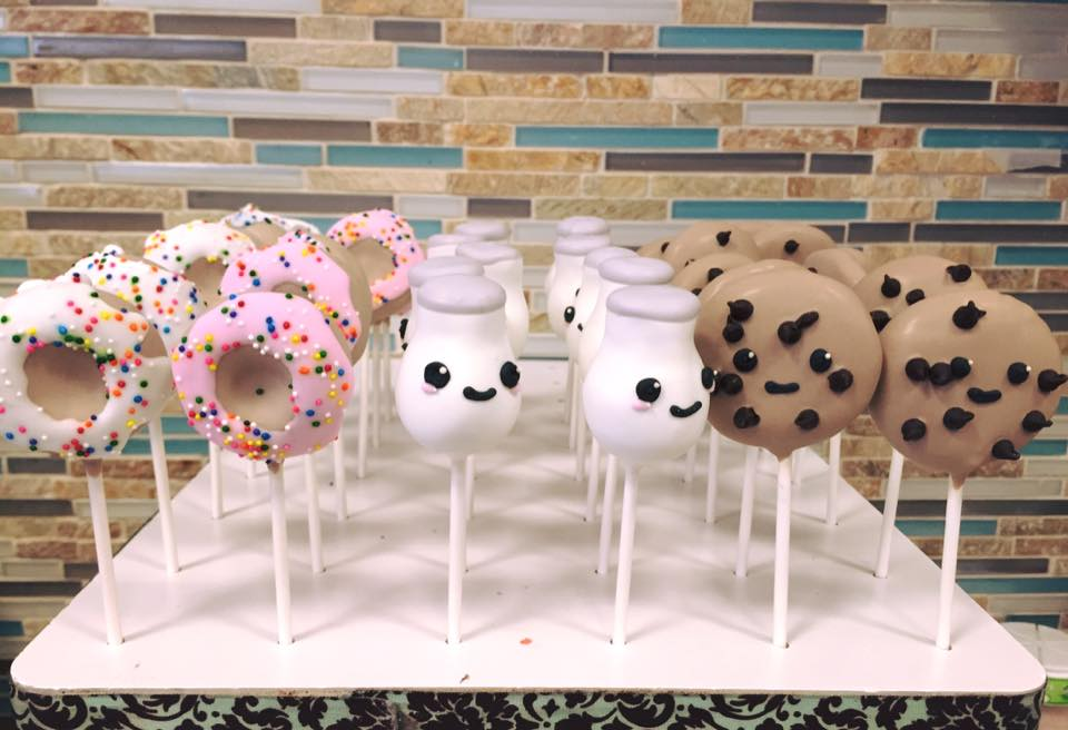 Donut, Milk & Cookies Cake pops