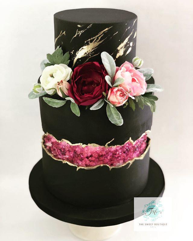 Faultline Modern Wedding Cake Design