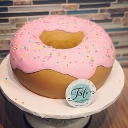 My love for donuts runs pretty deep. Thi
