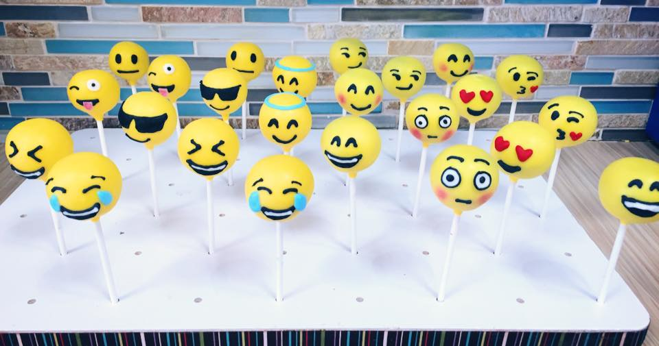 Emoji Faces Cake Pops