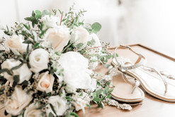 Details- bouquet and shoes