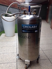 Nitrogeno en envases dewar de 150 litros para suministro de sauna criogénica