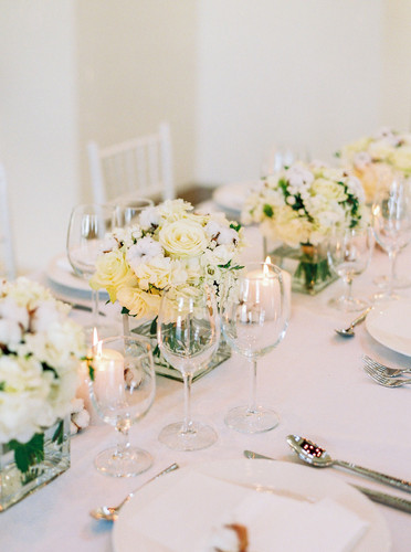 White Dream Table Setting