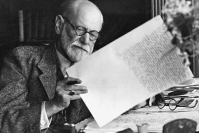 Foto Freud Carta.jpg