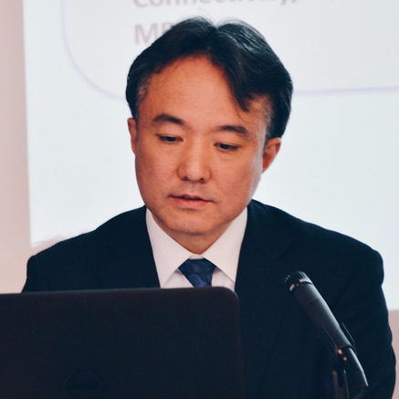 Hirobumi Kayama