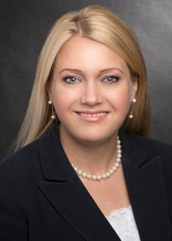 Jennifer Uhle