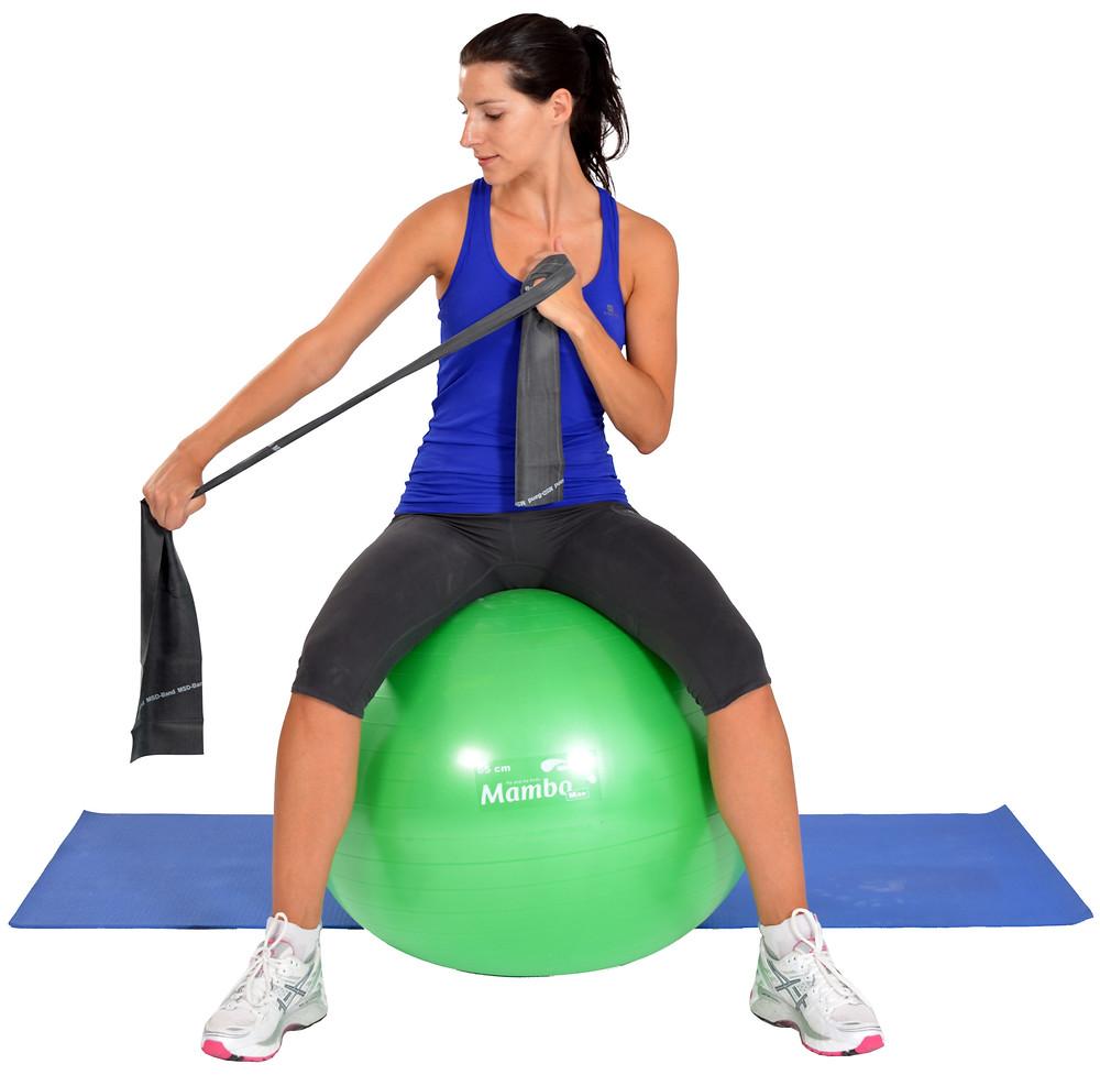 Übungsbänder und Gymnastikball