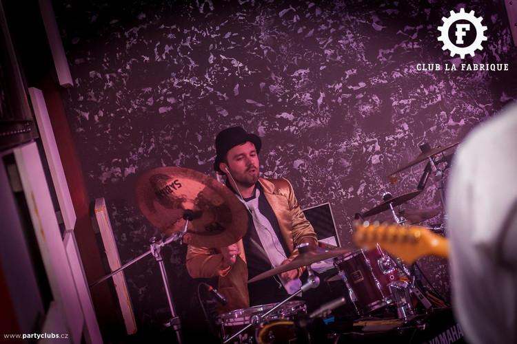 Koncert v club La Fabrique