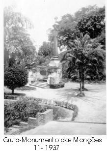 Gruta-Monumento das Monções 1937.jpg