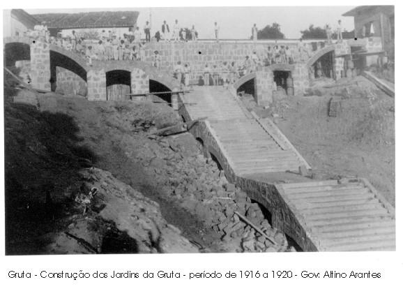 Gruta-construção - 1916 a 1920.jpg