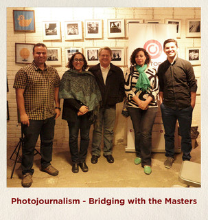 Photojournalism - Bridging with the Mast