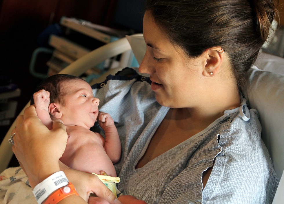 In-Hospital Newborn Photo by Sara Jin Photography