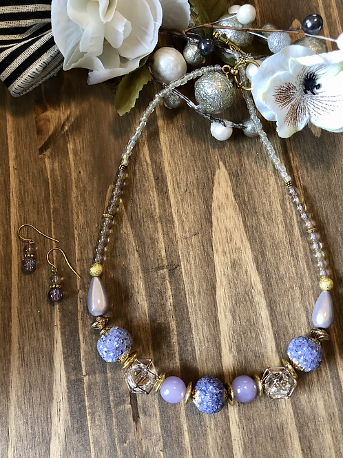 Touch of  Lilac in Gold