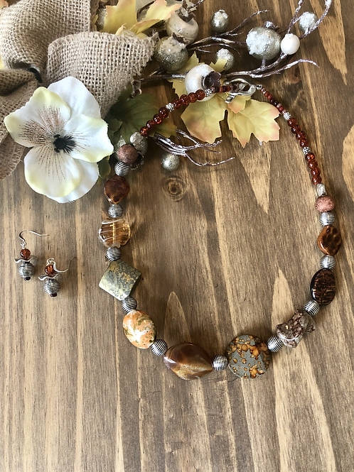 Abstract Touch in Natural Earthtones