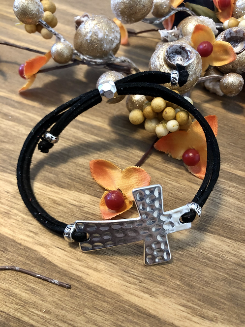 Dimpled Cross in Black
