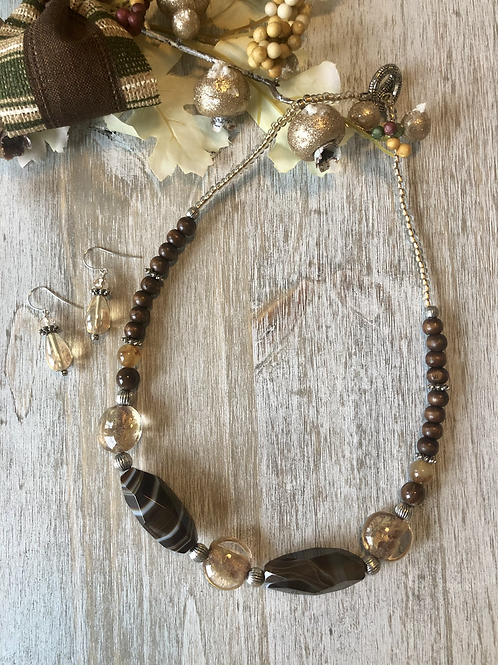 Earthy Mix in Brown Marble