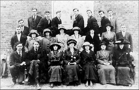 TAPC_SundaySchoolClass_1910.png