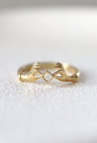 Hold On Ring/ 14k gold and diamond