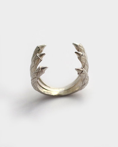 Triple Claw Ring/ silver