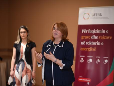Përmbyllet me sukses projekti për orientimin e vajzave në STEM
