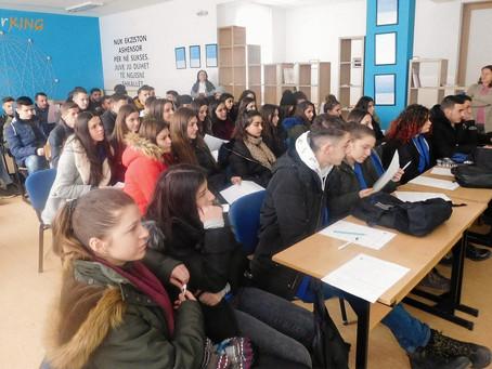 Fillojnë aktivitetet e projektit për orientim të rinjëve në STEM