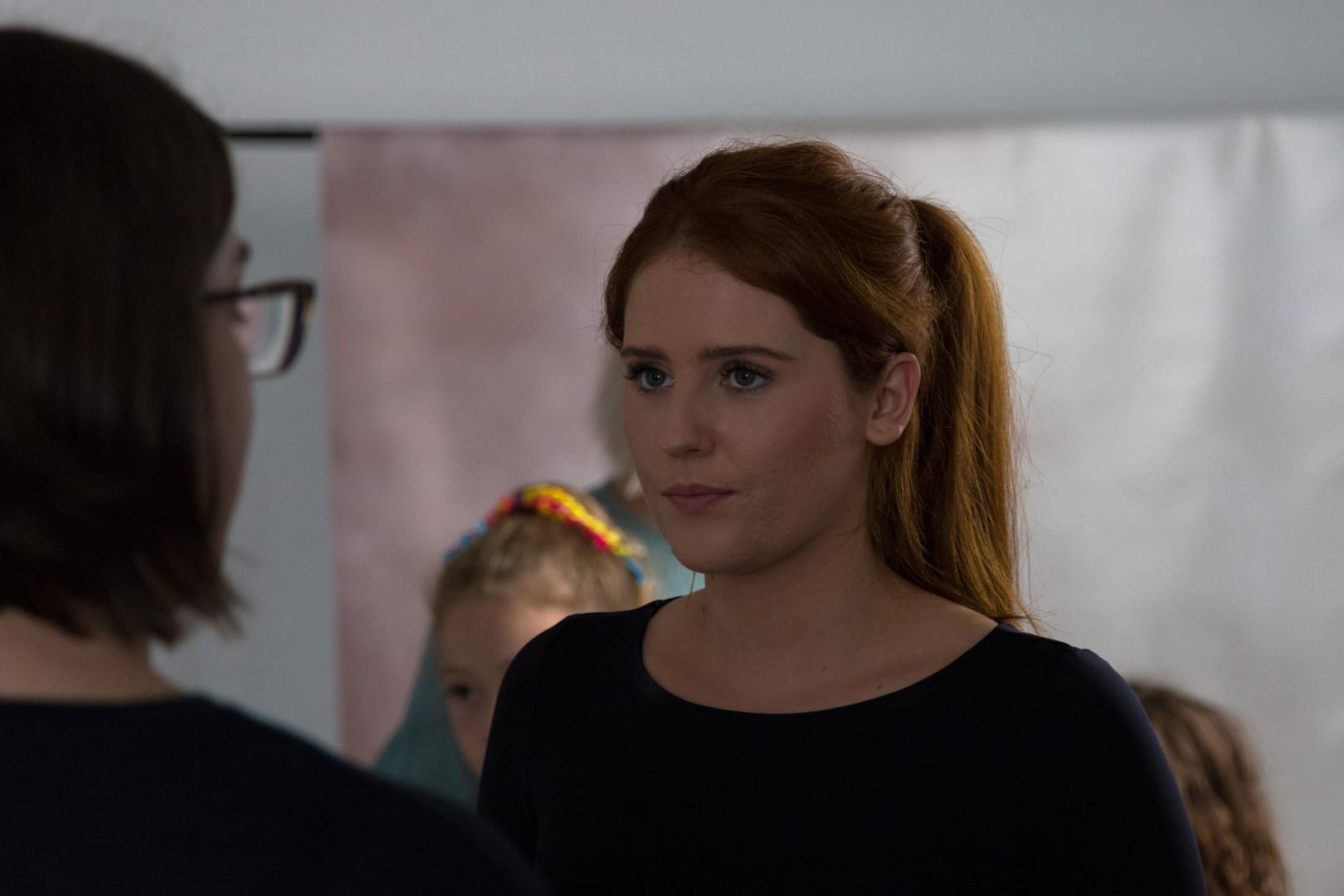 Georgie Pilling (Paisley) talking with Amanda Kaye (Director)