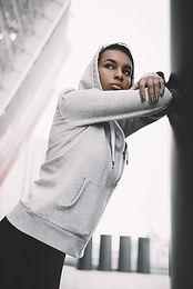 Mädchen in der Sportkleidung