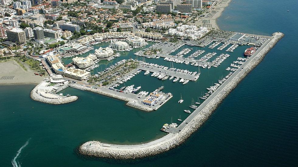 1511358427-puerto-deportivo-benalmadena-