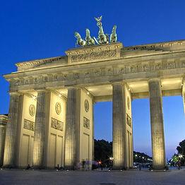 berlin flynaissus.jpg