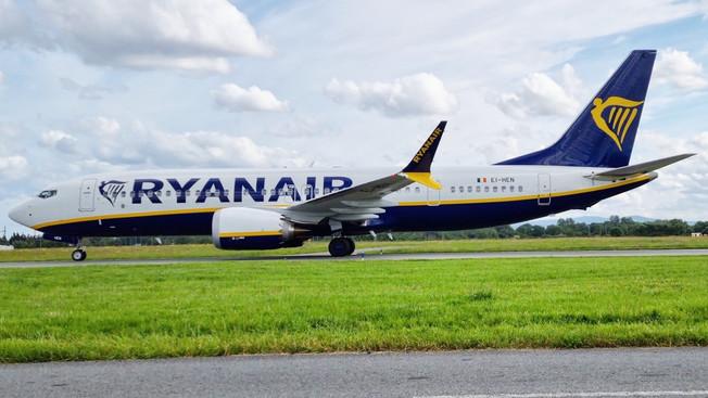Ryanair - Isporučena prva dva aviona tipa Boeing 737-8200