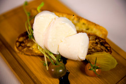 Mozzarella with Crostini