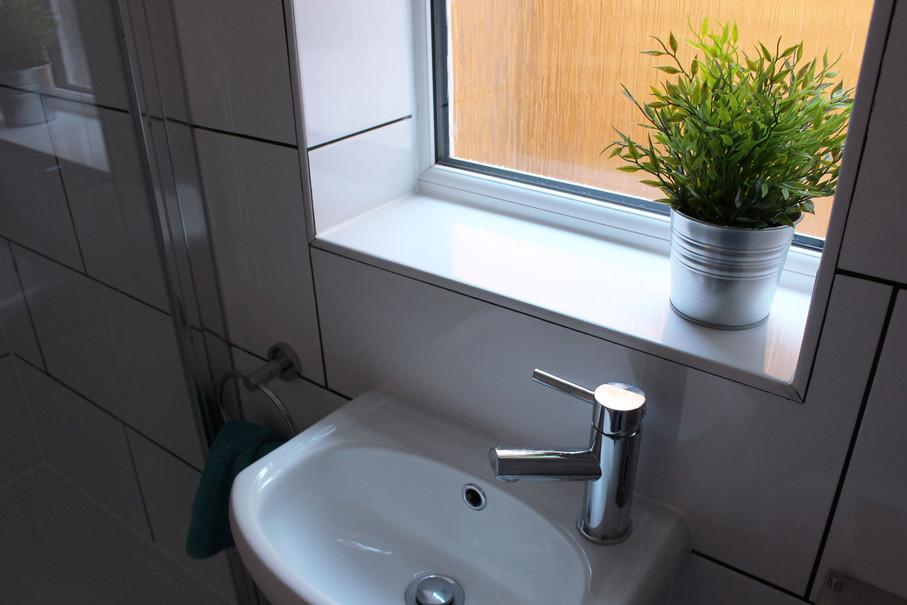 V-Bathroom-downstairs-2 (1).jpg