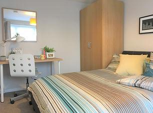 Room 7l.jpg