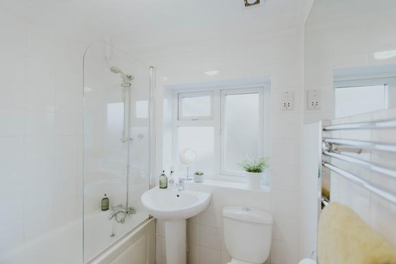 Communal bathroom.jpg