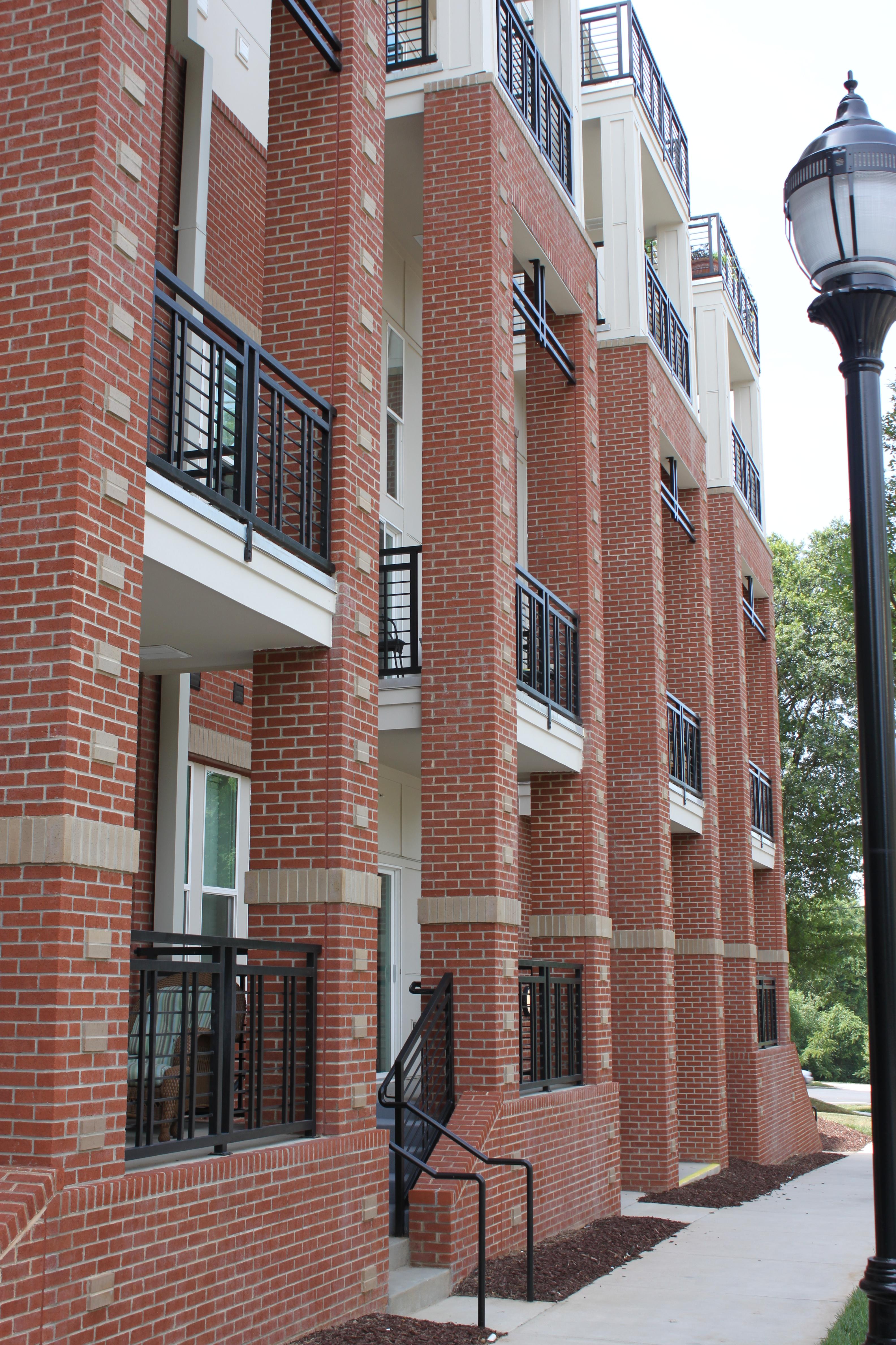 Gateway West Apartments