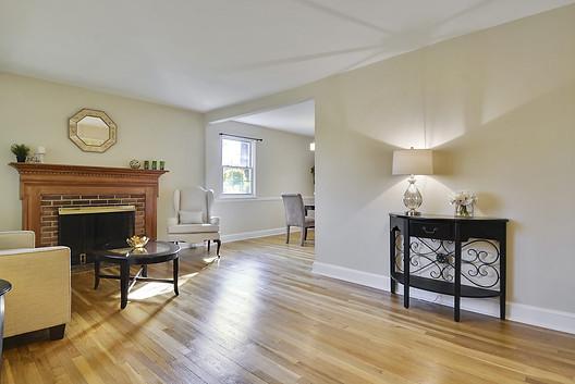 livingroomafter.jpg