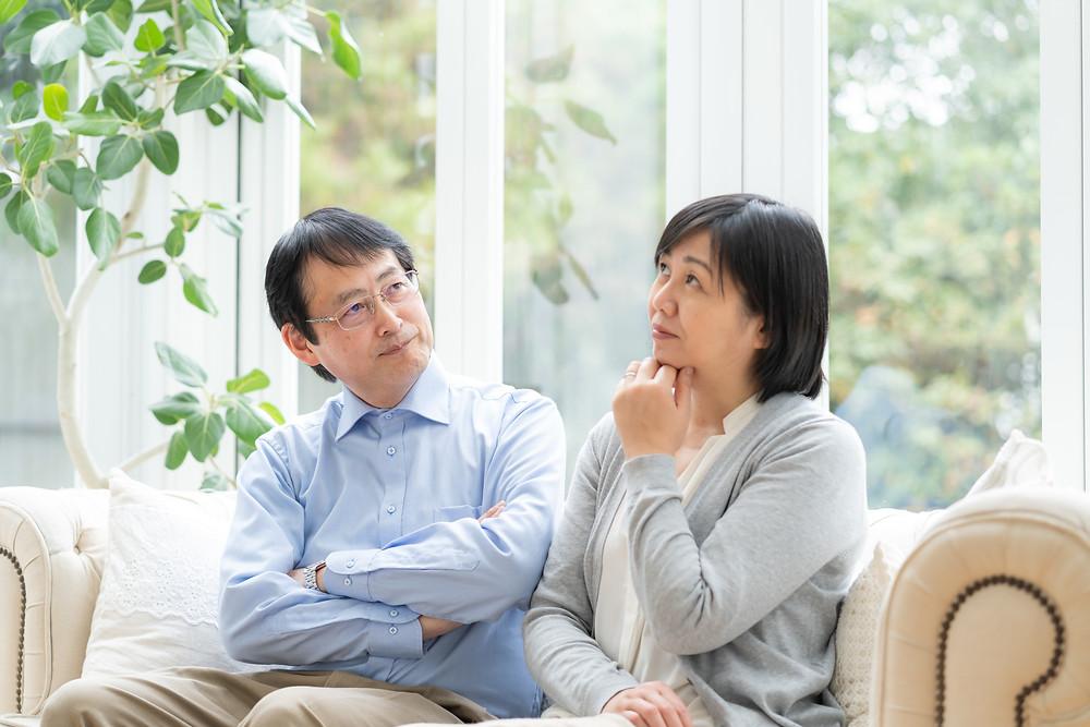 相続税の疑問を抱える夫婦