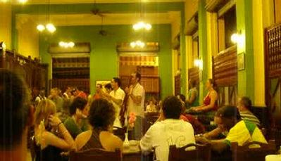 Cuban bolero in Havana vieja, 2007
