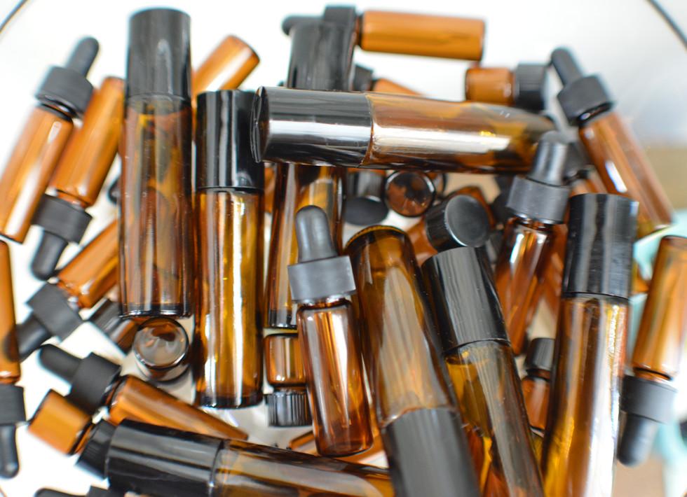 Dram bottles, and roll on perfume DIY