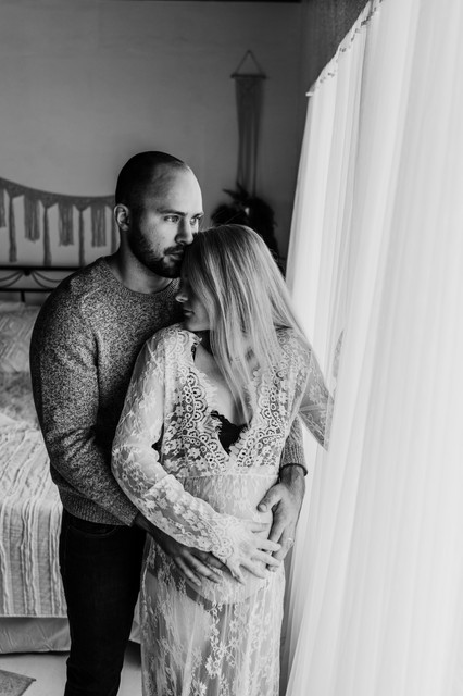 mid michigan studio maternity photographer
