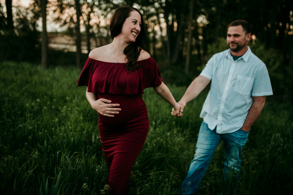 michigan outdoor maternity photographer