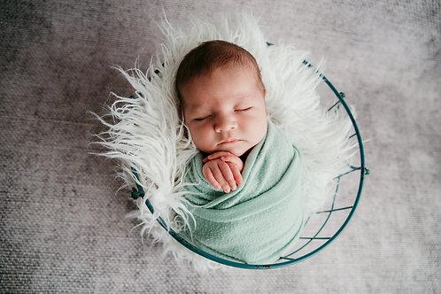Simple Newborn