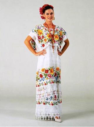 Traje típico de las mestizas de Yucatán