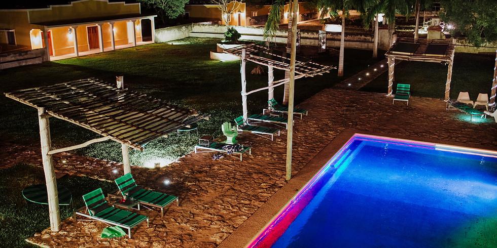 Pool & DJ Party