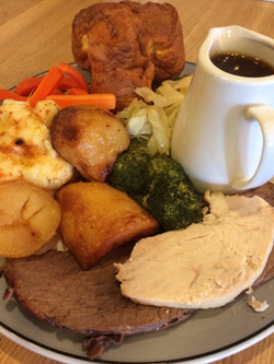 Lunchtime Carvery £6.95