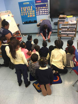 Ms. Whyte and her kindergartners learn to code Kibo robots