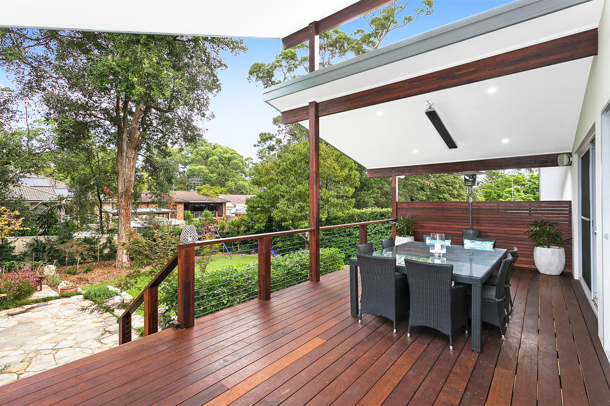 Back Deck  - Heathcote renovation by Shire Build