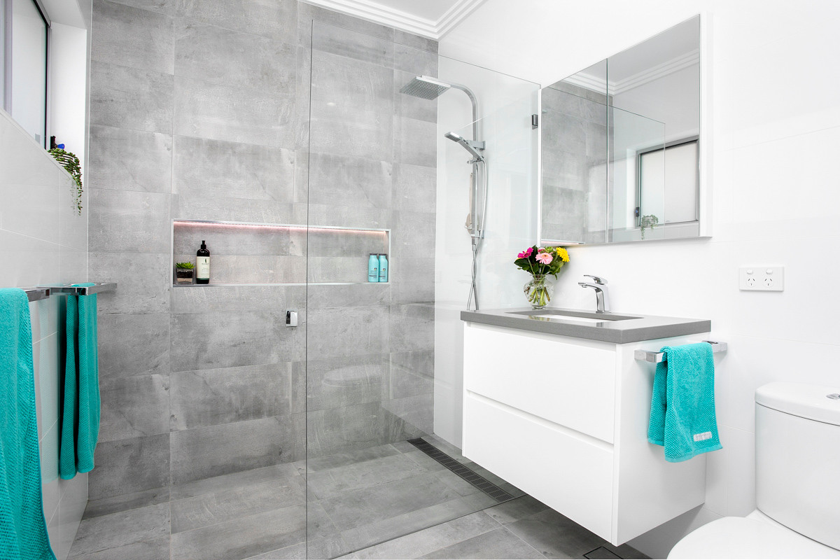 Bathroom - Heathcote renovation by Shire Build